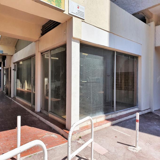 Location Immobilier Professionnel Local professionnel Saint-Cyprien (66750)